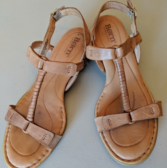 d8a4e2264cb3 Born Shoes - Born Douala Leather Sandals Tan Wedge Size 6